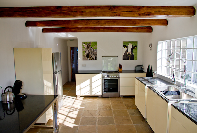 Living east africa nieuwe keuken - Nieuwe keuken ...